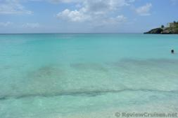 Clear ocean waters of Maho Beach.jpg